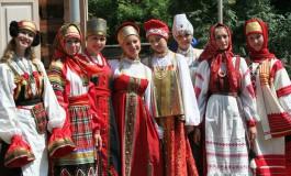 ¿por qué en la lengua rusa prácticamente no hay dialectos regionales?